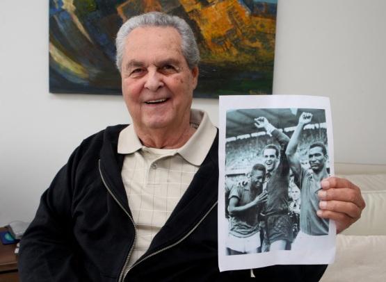 22 de Agosto — 1930 – Gilmar dos Santos Neves, futebolista brasileiro (m. 2013).