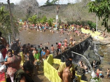 24 de Agosto — Banhistas na Bica Quedas D'água — Taquarana (AL) — 55 Anos em 2017.