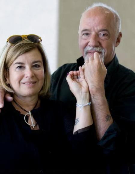 24 de Agosto — Paulo Coelho - 1947 – 70 Anos em 2017 - Acontecimentos do Dia - Foto 11 - Paulo Coelho com a esposa, Christina Oiticica.