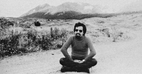 24 de Agosto — Paulo Coelho - 1947 – 70 Anos em 2017 - Acontecimentos do Dia - Foto 13.