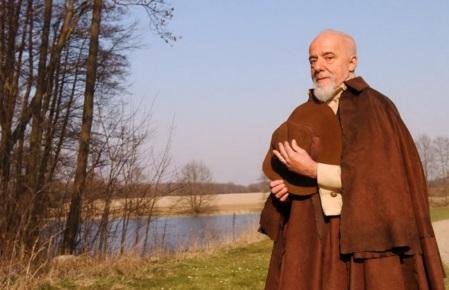 24 de Agosto — Paulo Coelho - 1947 – 70 Anos em 2017 - Acontecimentos do Dia - Foto 18.