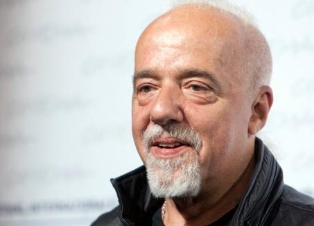 24 de Agosto — Paulo Coelho - 1947 – 70 Anos em 2017 - Acontecimentos do Dia - Foto 3.