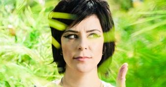 25 de Agosto — Fernanda Takai - 1971 – 46 Anos em 2017 - Acontecimentos do Dia - Foto 1.