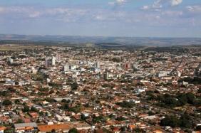 28 de Agosto — Aérea da cidade — Araguari (MG) — 129 Anos em 2017.