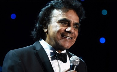 30 de Agosto — 1935 – Johnny Mathis, cantor e compositor estadunidense.