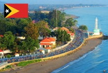 30 de Agosto — 1999 – O povo do Timor-Leste decide, em referendo, pela independência. Cidade de Díli, capital do Timor-Leste.