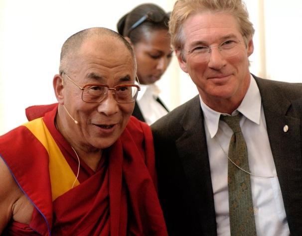 31 de Agosto — Richard Gere - 1949 – 68 Anos em 2017 - Acontecimentos do Dia - Foto 16 - Dalai Lama e Richard Gere.
