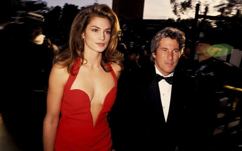 31 de Agosto — Richard Gere - 1949 – 68 Anos em 2017 - Acontecimentos do Dia - Foto 17 - Cindy Crowford e Richard Gere.