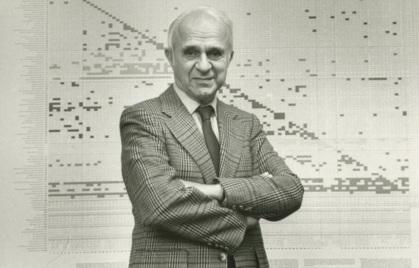 5 de Agosto – 1906 – Wassily Leontief, vencedor do Prêmio Nobel de Economia em 1973.