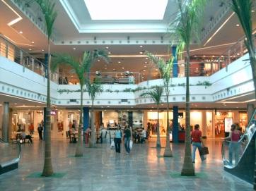 5 de Agosto – Manaíra shopping, um dos principais centros de compras da capital — João Pessoa (PB) — 432 Anos em 2017.