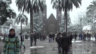 7 de Agosto – 1879 - É registrada a maior precipitação de neve no Brasil, quando a cidade gaúcha de Vacaria ficou coberta sob 2 metros de gelo. Foto de 2013.