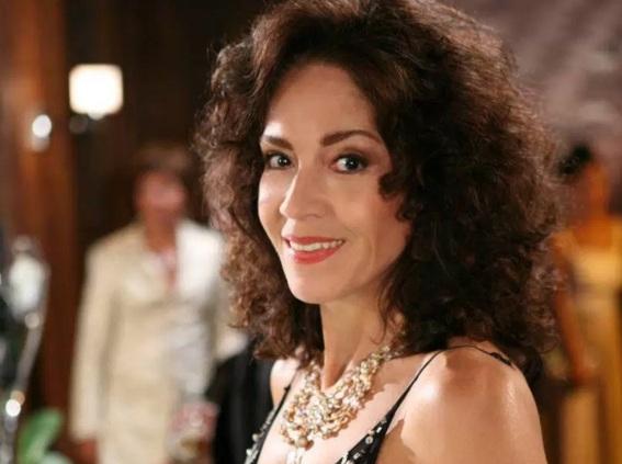 7 de Agosto – 1935 – Yoná Magalhães, atriz brasileira (m. 2015).