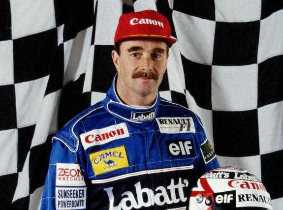 8 de Agosto – 1953 – Nigel Mansell, piloto britânico de automobilismo, campeão mundial de Fórmula 1 em 1992.