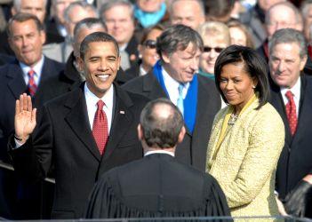 Barack Obama - 1961 – 56 Anos em 2017 - Acontecimentos do Dia - Foto 17.