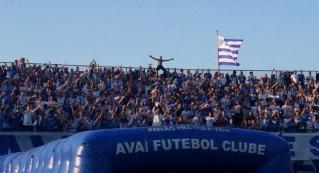 1 de Setembro – 1923 – Fundação do Avaí Futebol Clube (Florianópolis, Santa Catarina, Brasil).