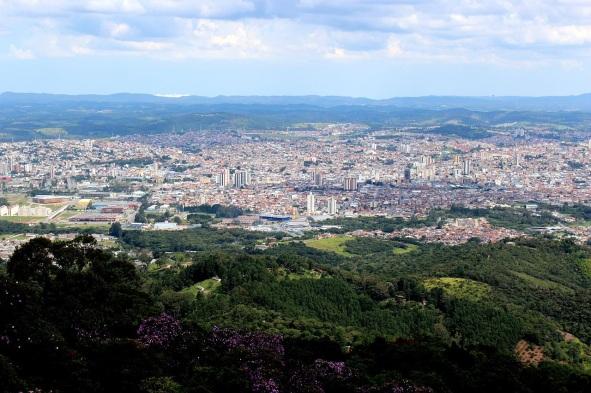 1 de Setembro – Foto aérea da cidade — Mogi das Cruzes (SP) — 457 Anos em 2017.