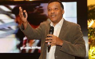 1 de Setembro – Heraldo Pereira - 1961 – 56 Anos em 2017 - Acontecimentos do Dia - Foto 12 - Heraldo Pereira lota palestra no Shopping Iguatemi.