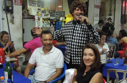 1 de Setembro – Heraldo Pereira - 1961 – 56 Anos em 2017 - Acontecimentos do Dia - Foto 19 - Heraldo Pereira com a esposa Cecília Maia, em Fortaleza.