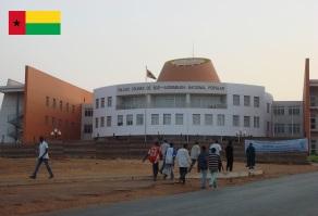 10 de Setembro – 1974 – Portugal reconhece a independência da Guiné-Bissau. Foto de Bissau, capital da Guiné-Bissau.