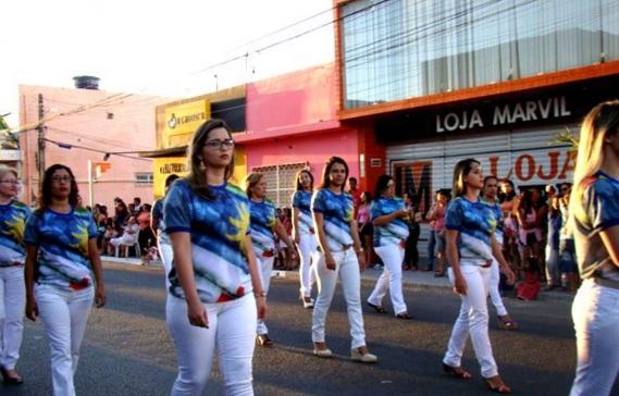 11 de Setembro – Desfile cívico no aniversário da cidade — Araripina (PE) — 89 Anos em 2017.