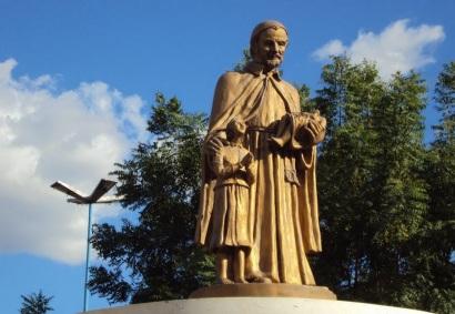 11 de Setembro – Estátua em homenagem a Frei Ibiapina — Araripina (PE) — 89 Anos em 2017.