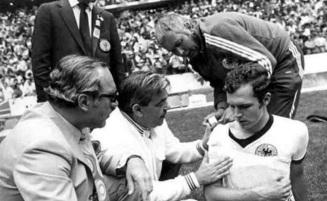11 de Setembro – Franz Beckenbauer - 1945 – 72 Anos em 2017 - Acontecimentos do Dia - Foto 22.