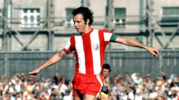 11 de Setembro – Franz Beckenbauer - 1945 – 72 Anos em 2017 - Acontecimentos do Dia - Foto 23.