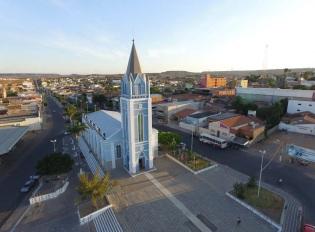 11 de Setembro – Vista panorâmica da cidade e a Igreja Matriz — Araripina (PE) — 89 Anos em 2017.