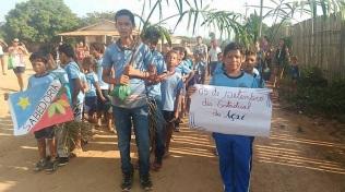 13 de Setembro – Estudantes em atividade no Dia do Açaí — Uruará (PA) — 30 Anos em 2017.