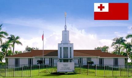 14 de Setembro – 1999 — Tonga é admitido como Estado-Membro da ONU. Foto de Nuku'alofa, capital da Tonga.
