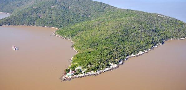 14 de Setembro – Foto aérea do Farol de Itapuã — Viamão (RS) — 276 Anos em 2017.