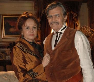 14 de Setembro – Joana Fomm - 1939 – 78 Anos em 2017 - Acontecimentos do Dia - Foto 14 - Joana Fomm e Tarcísio Meira contracenaram na novela 'Bang Bang' (2005).