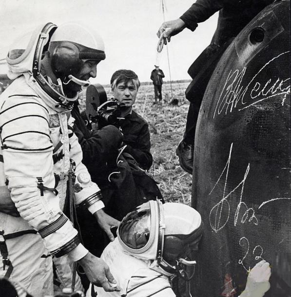 15 de Setembro – 1976 – URSS lança nave Soyuz 22.