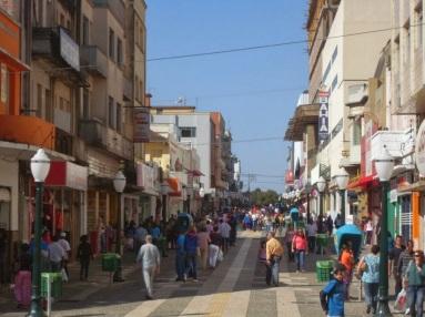 15 de Setembro – Calçadão do comércio — Ponta Grossa (PR) — 194 Anos em 2017.