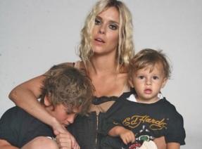 16 de Setembro – Carolina Dieckmann - 1978 – 39 Anos em 2017 - Acontecimentos do Dia - Foto 19 - Carolina Dieckmann com os filhos Davi e José.