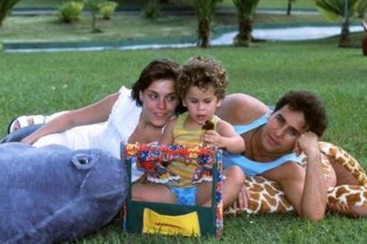 16 de Setembro – Carolina Dieckmann - 1978 – 39 Anos em 2017 - Acontecimentos do Dia - Foto 23 - Carolina Dieckmann com o ex-marido, Marcos Frota, e o filho Davi.
