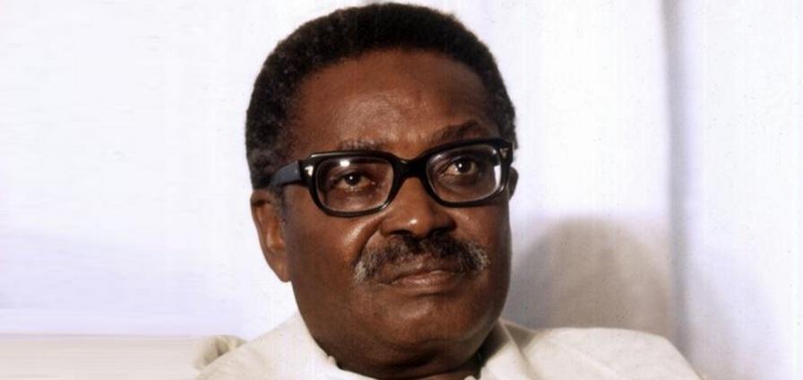 17 de Setembro – 1922 – António Agostinho Neto, escritor e 1º presidente de Angola (m. 1979).