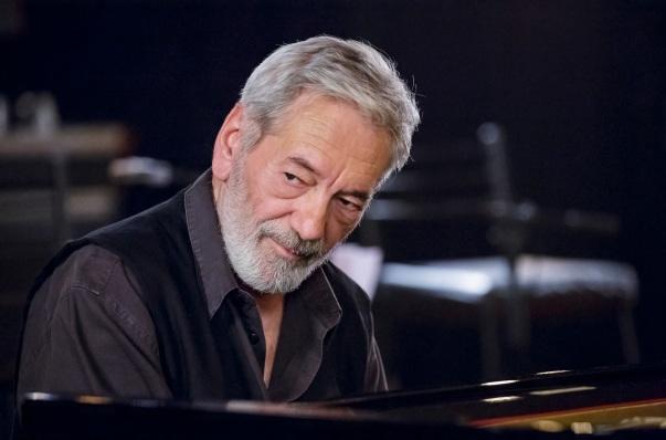 19 de Setembro – 1943 – César Camargo Mariano, músico brasileiro.