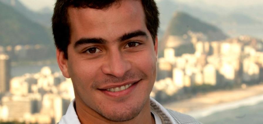 19 de Setembro – 1988 — Thiago Martins, ator brasileiro.
