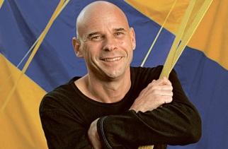 2 de Setembro – 1959 - Guy Laliberté, empresário canadense, fundador do Cirque du Soleil.