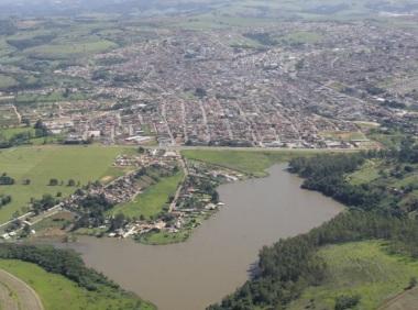 20 de Setembro – Foto aérea da cidade — Itapeva (SP) — 248 Anos em 2017.