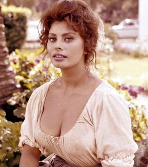 20 de Setembro – Sophia Loren - 1934 – 83 Anos em 2017 - Acontecimentos do Dia - Foto 9.