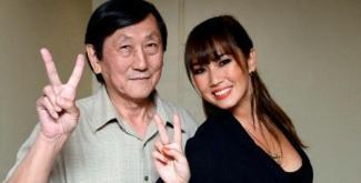 21 de Setembro – Daniele Suzuki - 1977 – 40 Anos em 2017 - Acontecimentos do Dia - Foto 16 - Daniele com seu pai, Hiroshi Suzuki.