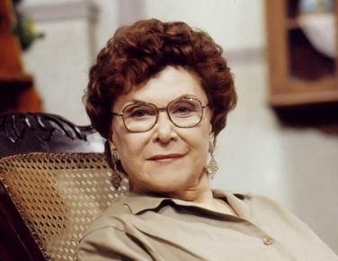 22 de Setembro – 1921 - Yara Côrtes, atriz brasileira (m. 2002).