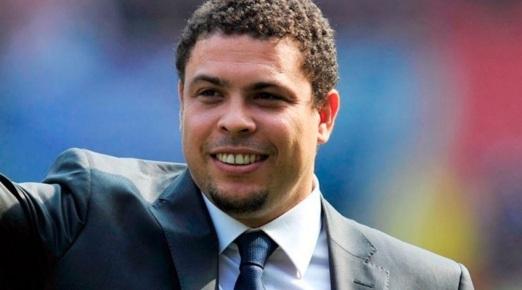 22 de Setembro – Ronaldo Nazário - Fenômeno - 1976 – 41 Anos em 2017 - Acontecimentos do Dia - Foto 10.