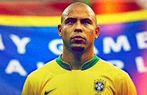 22 de Setembro – Ronaldo Nazário - Fenômeno - 1976 – 41 Anos em 2017 - Acontecimentos do Dia - Foto 2.