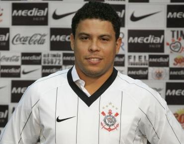 22 de Setembro – Ronaldo Nazário - Fenômeno - 1976 – 41 Anos em 2017 - Acontecimentos do Dia - Foto 8.