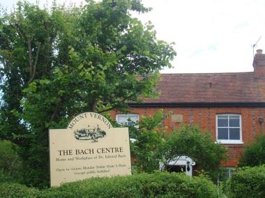 24 de Setembro – Edward Bach - 1886 – 131 Anos em 2017 - Acontecimentos do Dia - Foto 6 - Ultima casa de morada do Dr. Bach em Sotwell, Inglaterra.