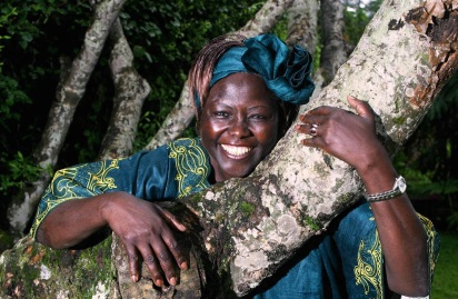 25 de Setembro – 2011 – Wangari Maathai, ambientalista e bióloga queniana (n. 1940).