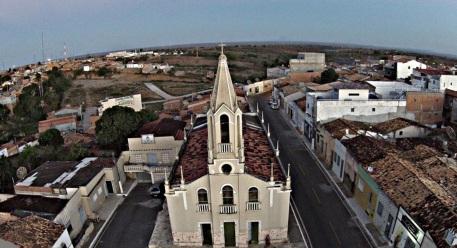 26 de Setembro – Foto aérea da Igreja Matriz — Nossa Senhora da Glória (SE) — 89 Anos em 2017.